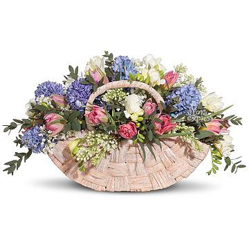Букет Корзина «Весна в лукошке»